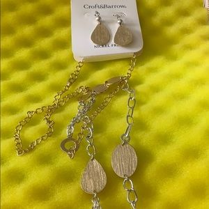 CROFT & BARROW GOLD & SILVER EARRING/NECKLACE SET